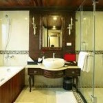 Indochinal Sail Cruise Bathroom